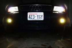 2001 Audi S4 with 4500k HID headlights and 3000k HID foglights